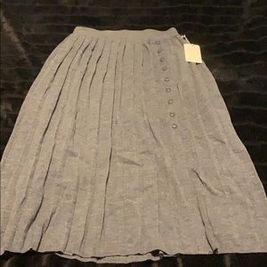 1901-Knitted long skirt with buttons &front slit